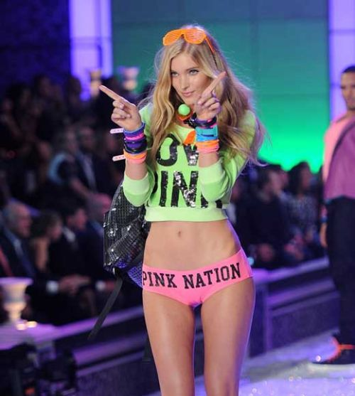 2011 Victoria's Secret Fashion Show | Daily Girls @ Female Update
