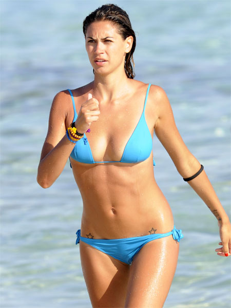 Melissa Satta Bikini Cameltoe | Daily Girls @ Female Update