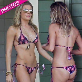 LeAnn Rimes Wears Another Scandalously Skimpy Biki | Daily Girls @ Female Update