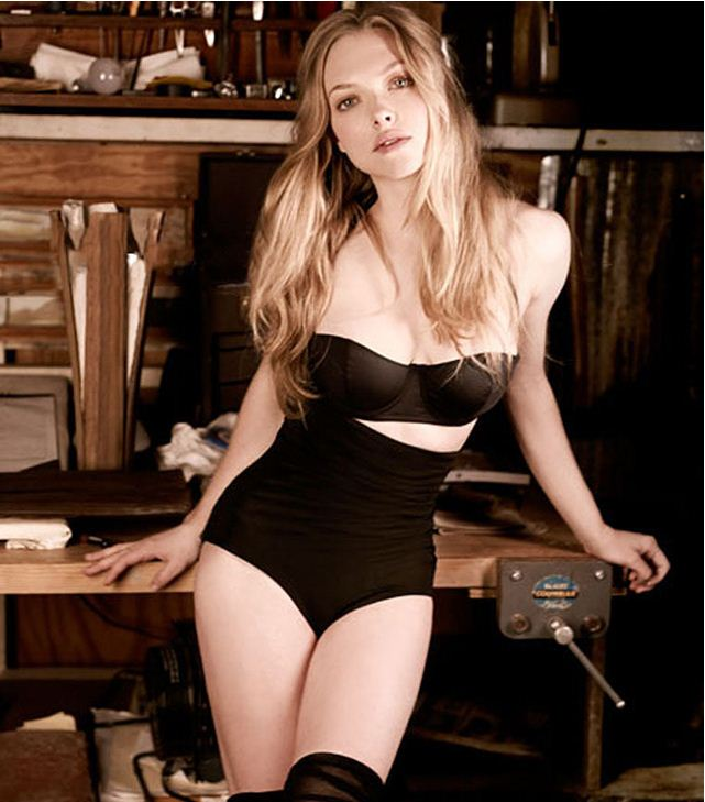 The 20 Hottest Photos of Amanda Seyfried | Daily Girls @ Female Update