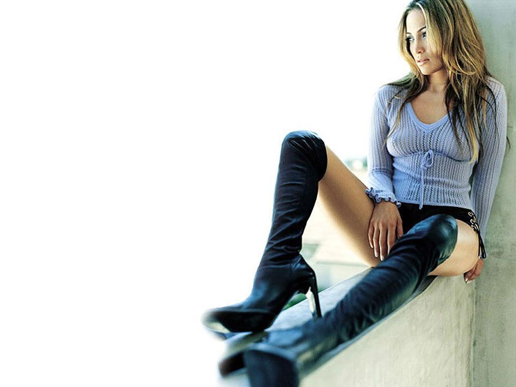 Jennifer Lopez's Oscar Night Nip Slip | Daily Girls @ Female Update
