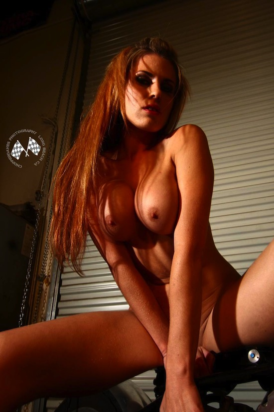Random Naked Chicks | Fem Art Blog | Daily Girls @ Female Update
