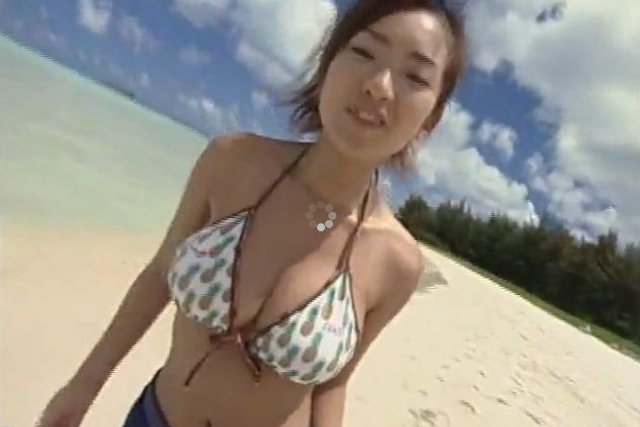 Japanese bikini girls jumping hot videos | Daily Girls @ Female Update