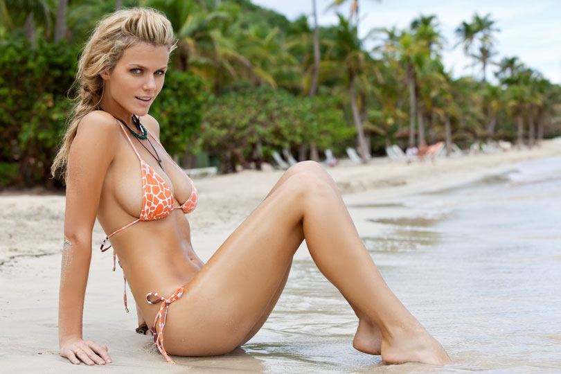 Brooklyn Decker – 2011 Sports Illustrated | Daily Girls @ Female Update