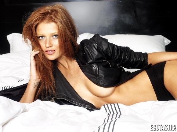 Cintia Dicker Super Ginger Hotness   Daily Girls @ Female Update