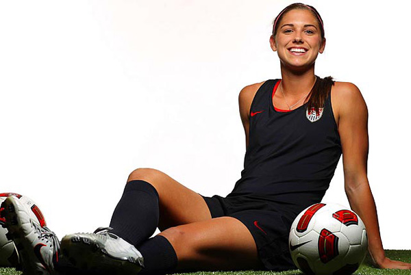 Alex Morgan Bodypainted For Sports Illustrated | Daily Girls @ Female Update