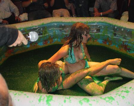 Jello Bikini Wrestling Girls