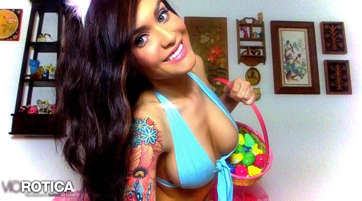 Violet Doll: Naughty Easter Bunny | Daily Girls @ Female Update