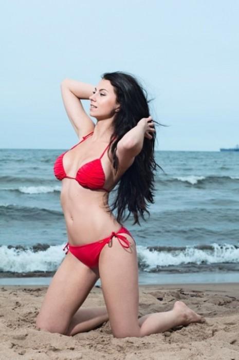 Model Megan Retzlaff | Daily Girls @ Female Update