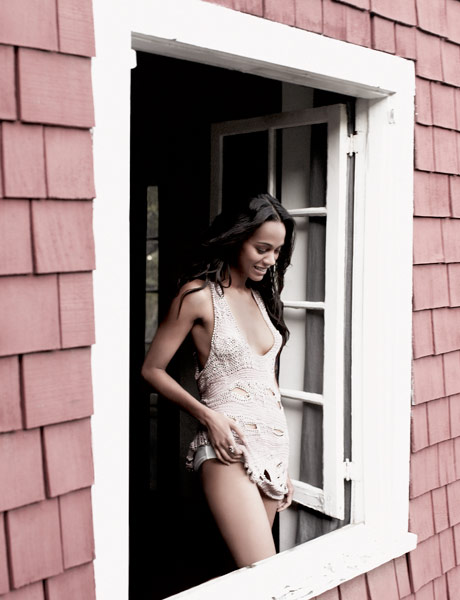 Sexy Hot Pictures of Avatar's Zoe Saldana | Daily Girls @ Female Update