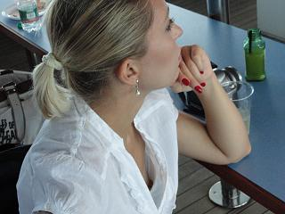 Downblouse | Daily Girls @ Female Update
