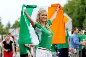 The Hottest Fans at Euro 2012 | Daily Girls @ Female Update