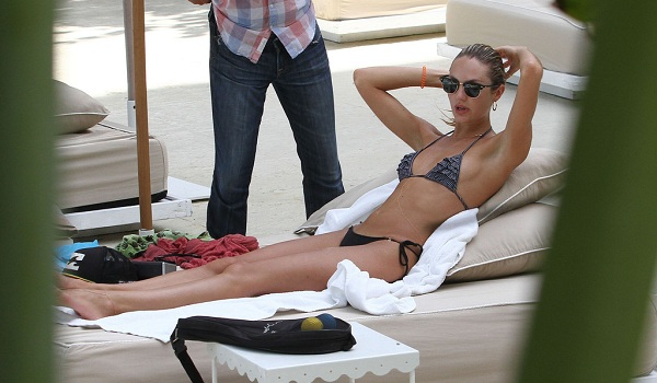 Candice Swanepoel Rocks Thong Bikini In Miami | Daily Girls @ Female Update