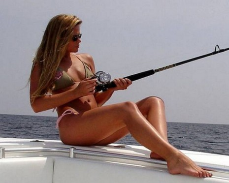 Pictures of Hot Girls Fishing |