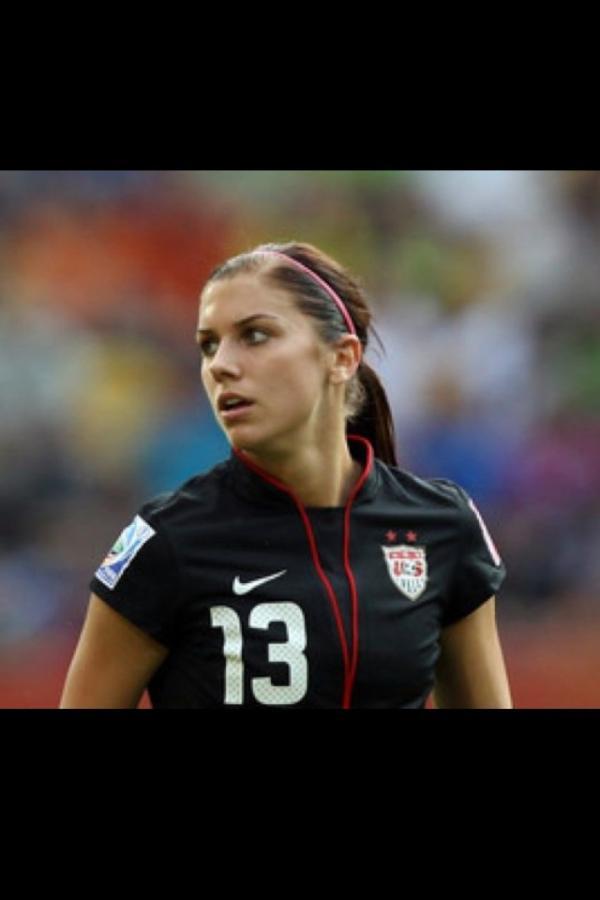 26 Hottest Photos Of Alex Morgan – Team USA Socc | Daily Girls @ Female Update