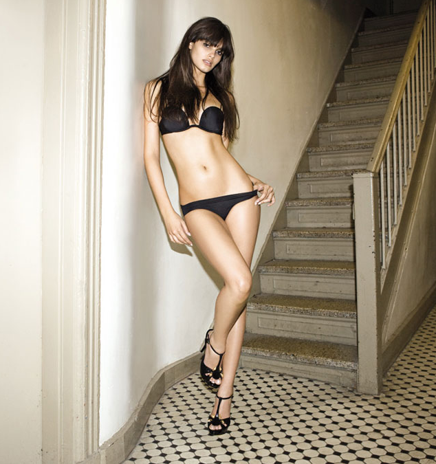 The 20 Hottest Photos of Lisalla Montenegro   Daily Girls @ Female Update