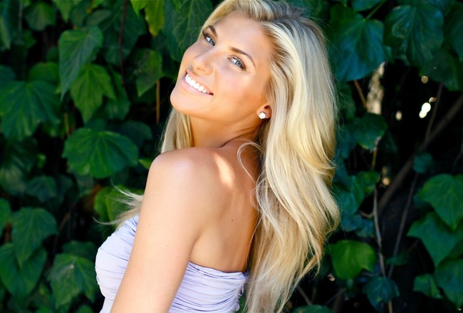 The 40 Hottest College Football Reporters | Daily Girls @ Female Update