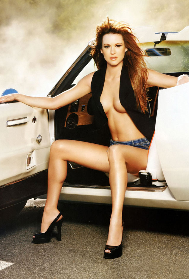 20 Hottest Photos of Danneel Ackles | HEAVY | Daily Girls @ Female Update