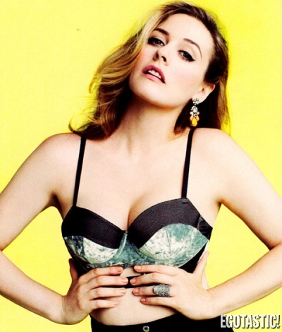 Alicia Silverstone Looking Mighty Fine | Daily Girls @ Female Update