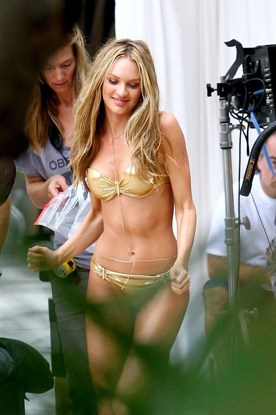 Is Candice Swanepoel Getting Fat? | Daily Girls @ Female Update