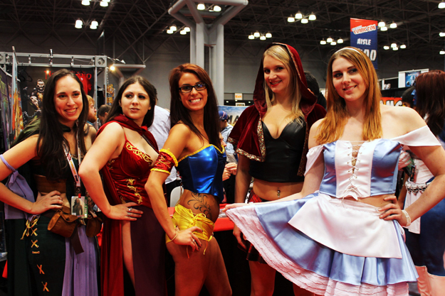 Babes of New York Comic Con 2012 | Daily Girls @ Female Update