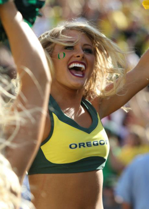 College Football Preview: Cheerleader Edition | Daily Girls @ Female Update