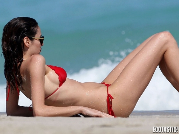 Nicole Trunfio Bikini Pictures Candidly Hot | Daily Girls @ Female Update