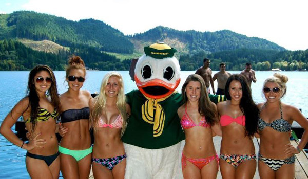 Oregon Cheerleaders Bikini Triangle Lake Trip 2012 | Daily Girls @ Female Update