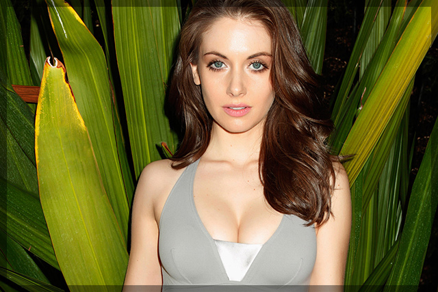 Alison Brie sexy pictures | Daily Girls @ Female Update