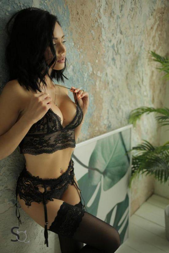 Amazing AshleyQ in black lingerie for StasyQ | Daily Girls @ Female Update