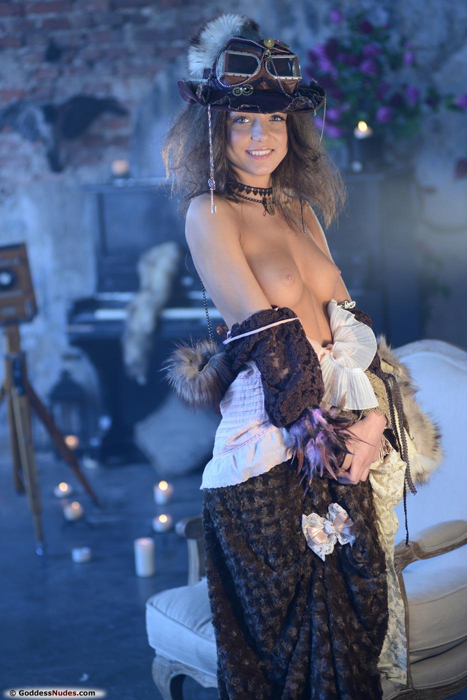 Amazing beauty Nensi nude photo gallery | Daily Girls @ Female Update