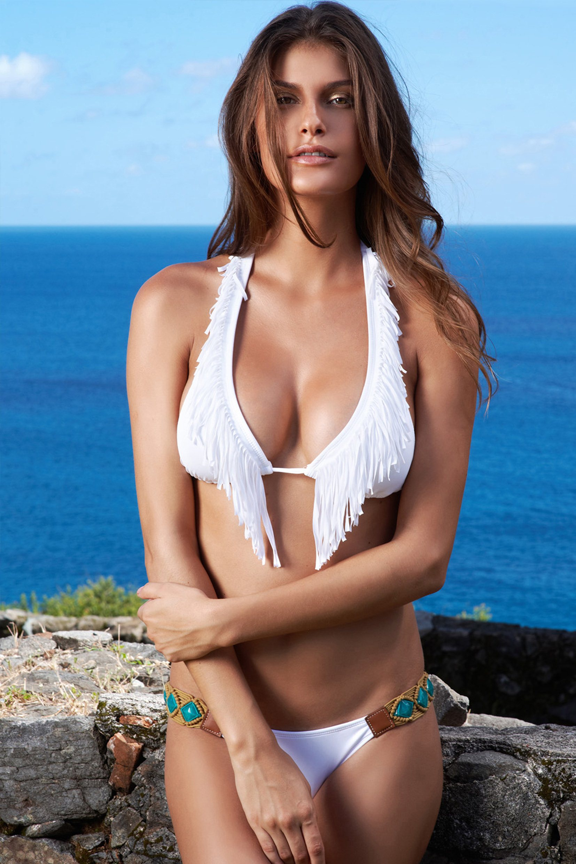 Brazil's New Star Hottie Caroline Francischini | Daily Girls @ Female Update