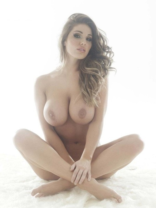 British Babe of the Week – Lucy Pinder | Daily Girls @ Female Update