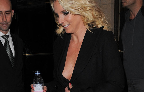 Britney Spears Has Seen Better Days | Daily Girls @ Female Update