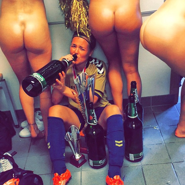 Brondby Ladies Nude in the Changing Room | Daily Girls @ Female Update