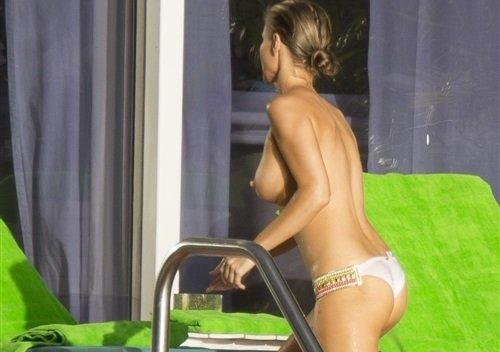 Candid Joanna Krupa Topless Pool Pics | Daily Girls @ Female Update