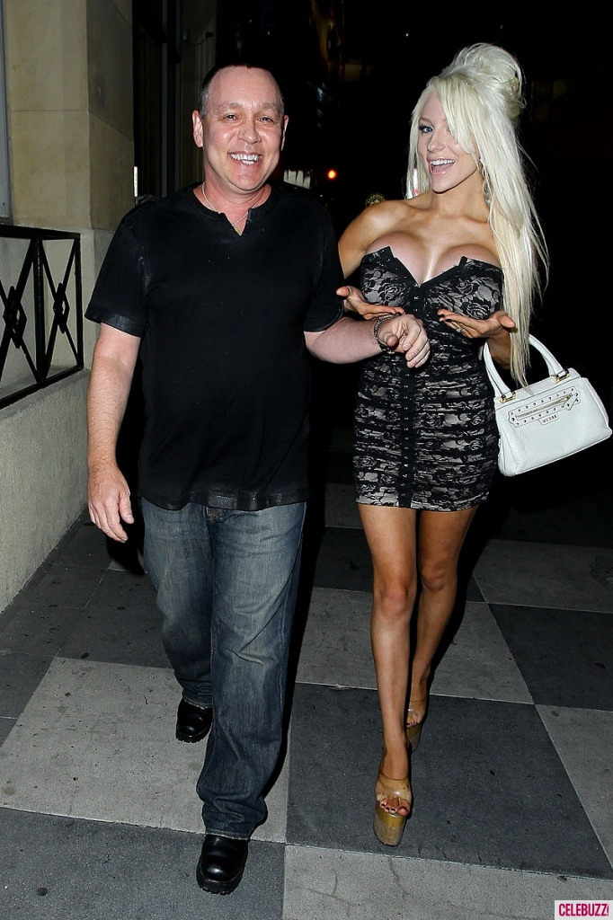 Courtney Stodden's New Boobs Tour Makes Stop | Daily Girls @ Female Update