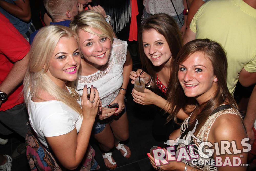 Drunk British Girls on a Bar Crawl