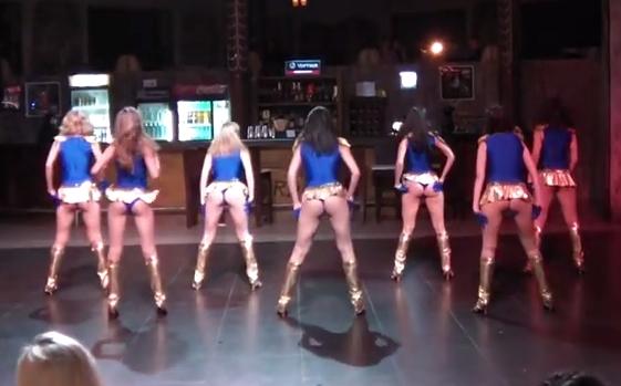 Girls Dancing in Miniskirts – Upskirt Fun | Daily Girls @ Female Update