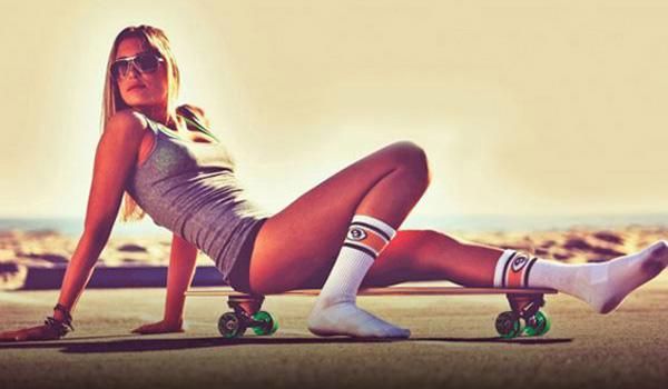 Girls with Skateboards Part 2 | Daily Girls @ Female Update