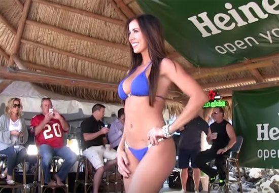 Got Rack Bikini Contest At Whiskey Joe's | Daily Girls @ Female Update