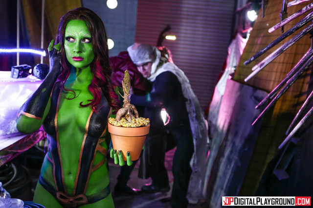 Guardians Of The Galaxy Parody | Daily Girls @ Female Update
