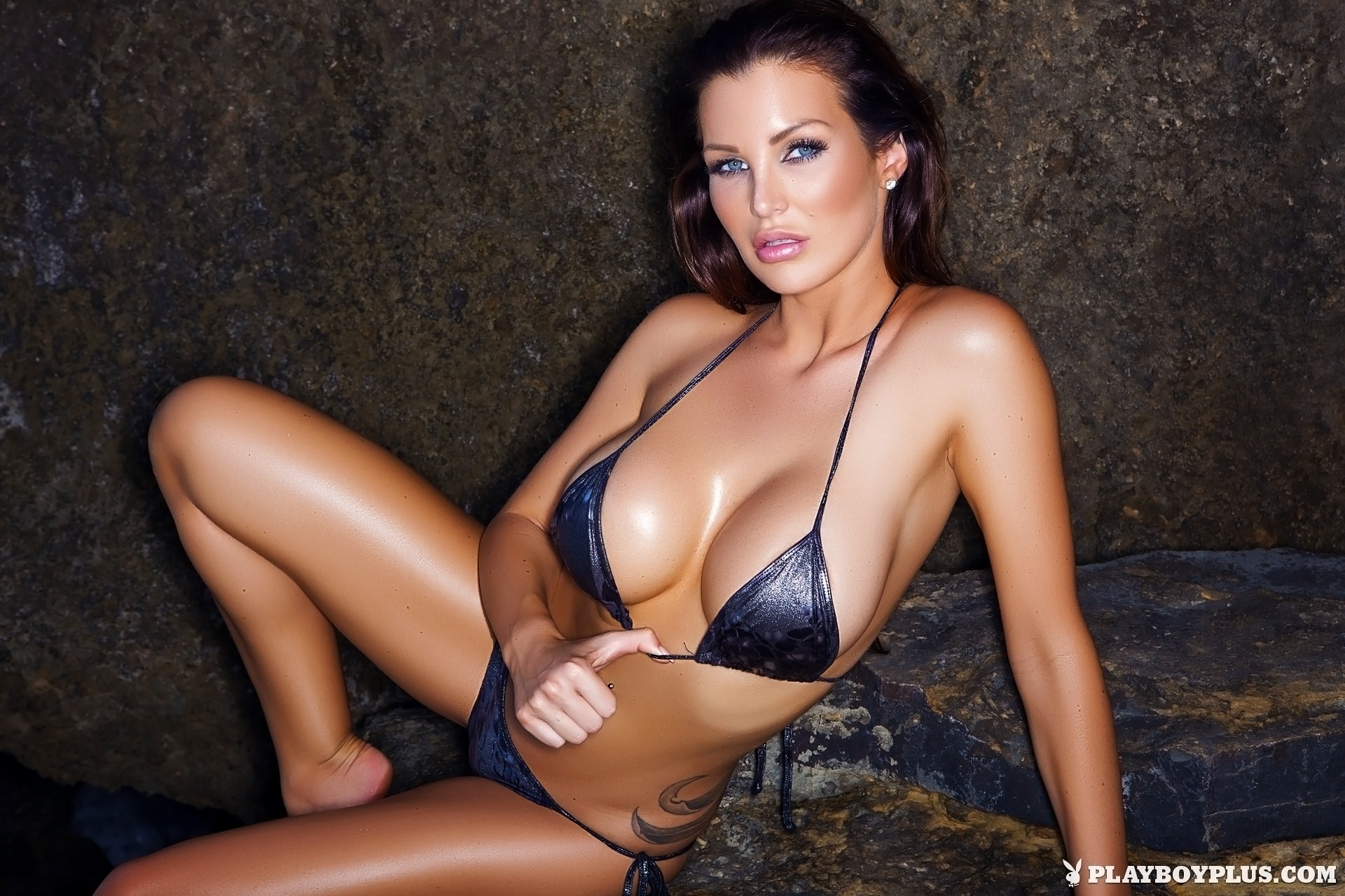Helen de Muro On the Rocks for Playboy | Daily Girls @ Female Update