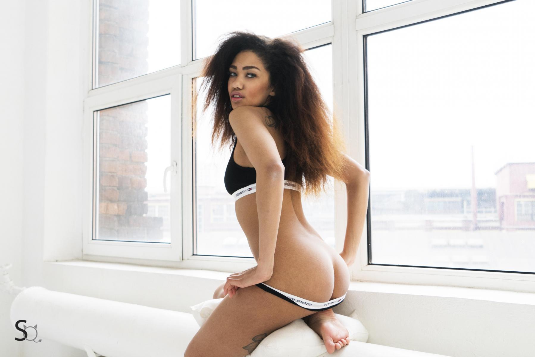 Horny RitaQ strips naked for StasyQ   Daily Girls @ Female Update