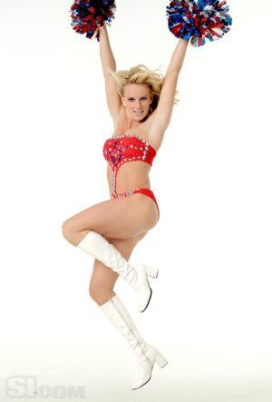 Hot Cheerleader Dance | Daily Girls @ Female Update