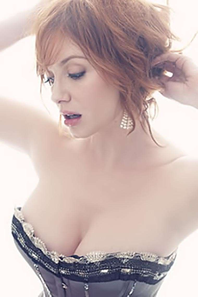 Hottest Christina Hendricks Pictures | Daily Girls @ Female Update