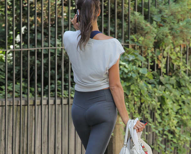 Irina Shayk From Behind Is Amazing | Daily Girls @ Female Update