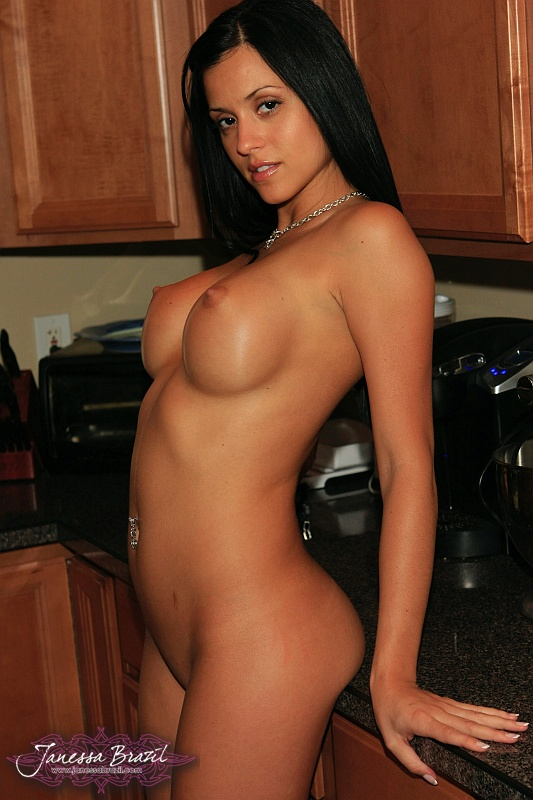 Janessa Brazil Gets Nude in the Kitchen | Daily Girls @ Female Update