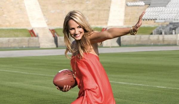 Jenn Brown Headed To NFL Network | Daily Girls @ Female Update