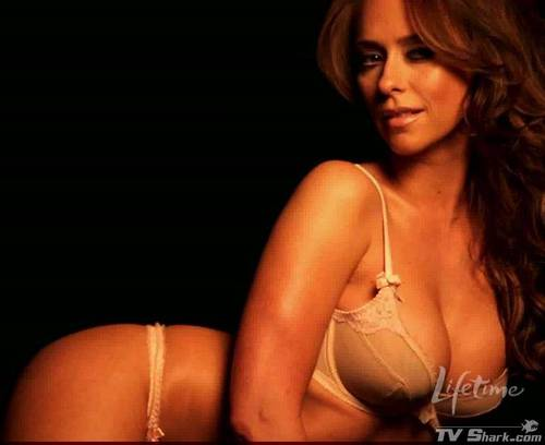 Jennifer Love Hewitt Is Going To Get Naked | Daily Girls @ Female Update